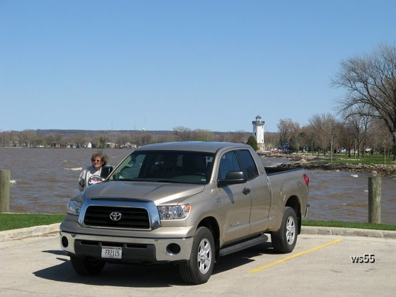 2009 Toyota Truck V8 in Wisconsin