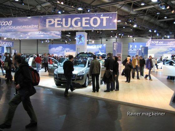 Peugeot-Stand.JPG