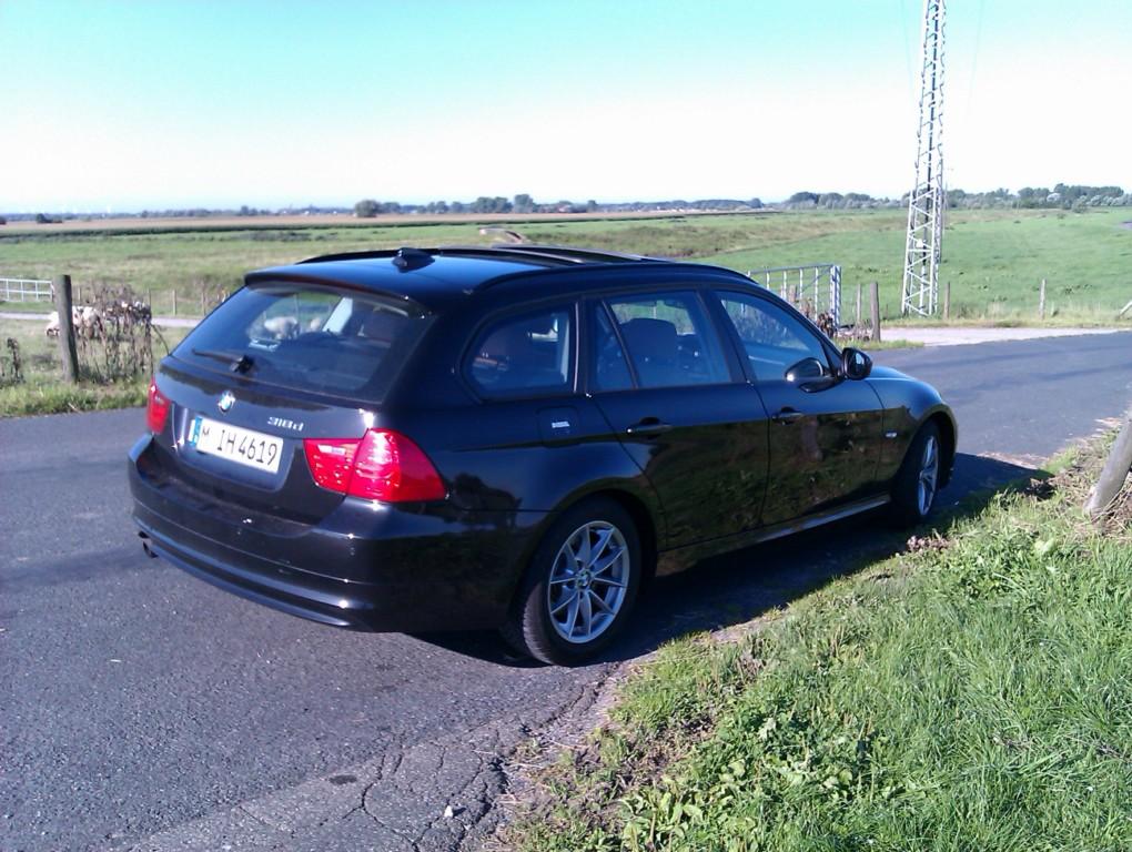 BMW 318d Touring - Sixt Bremen-Nord / Aumund