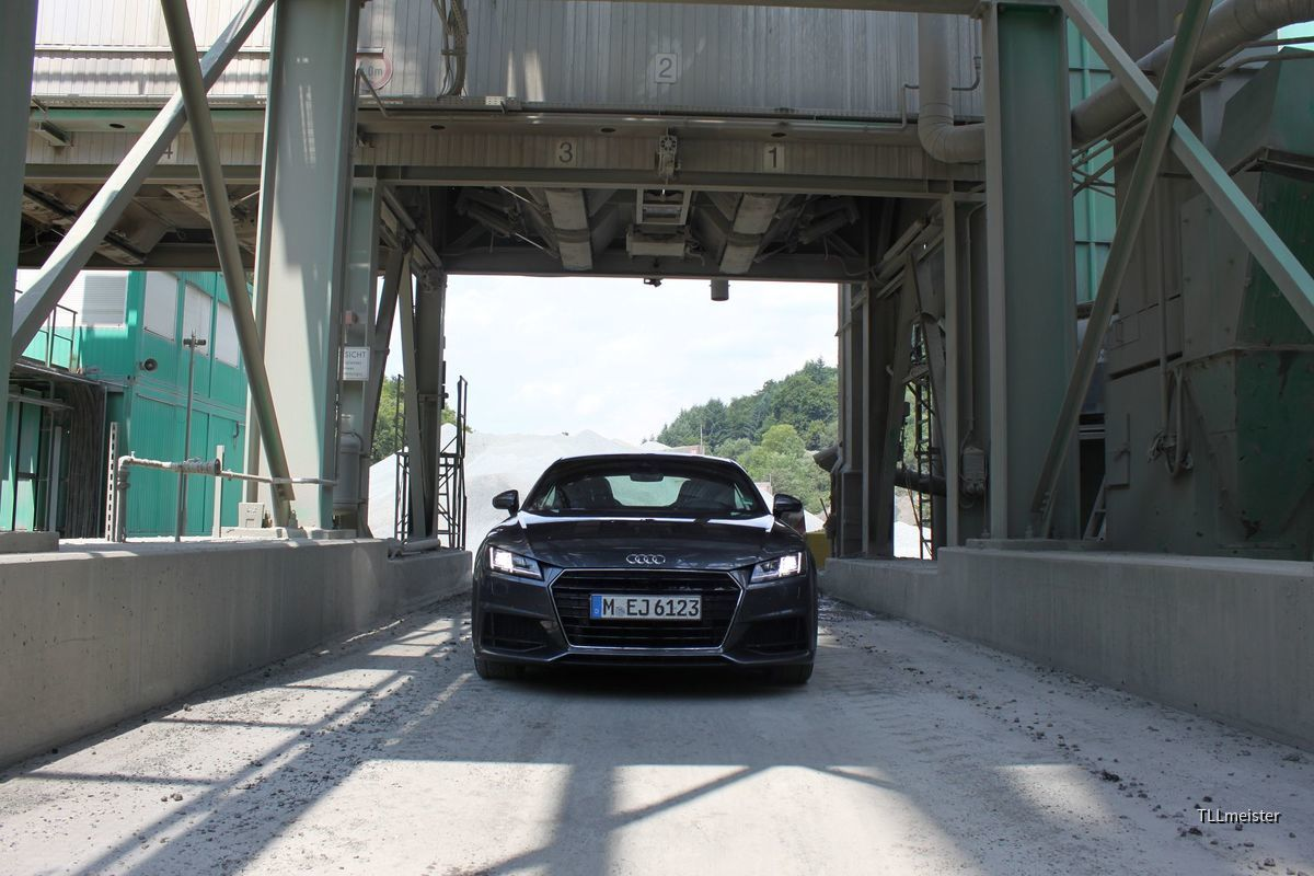 Audi TT TDI Ultra Coupe   Sixt Wetzlar