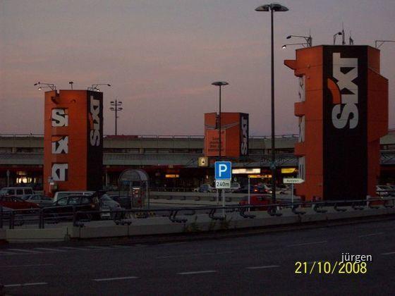 Sixt Werbung Airport Berlin Tegel (Flughafen TXL)