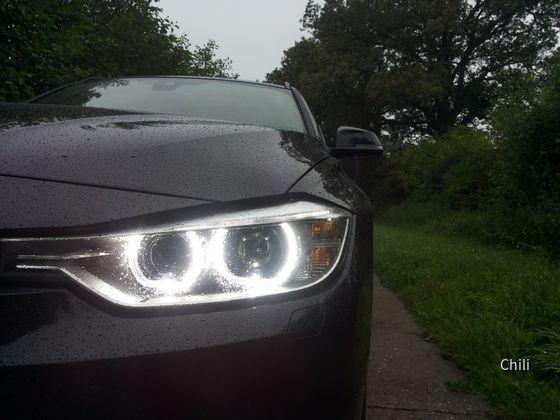 BMW 318d Touring (1)