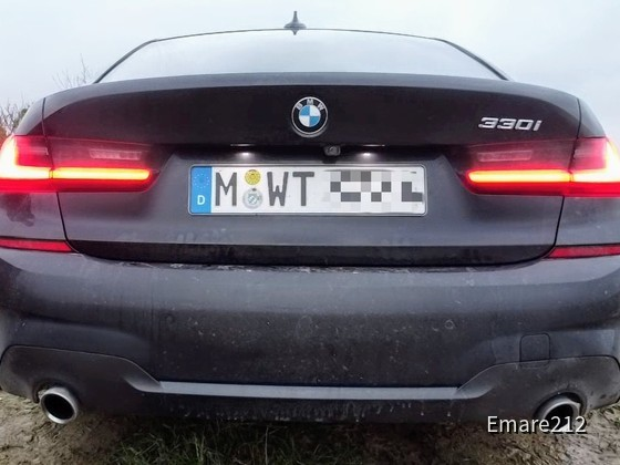 BMW 330i | Sixt Düsseldorf Zentrum/HBF