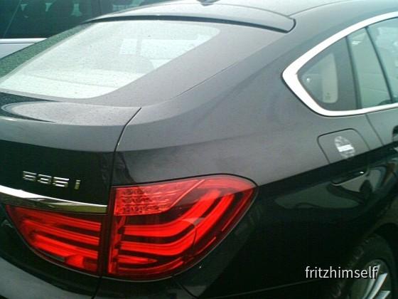 BMW 535i mit Diesel-Aufkleber