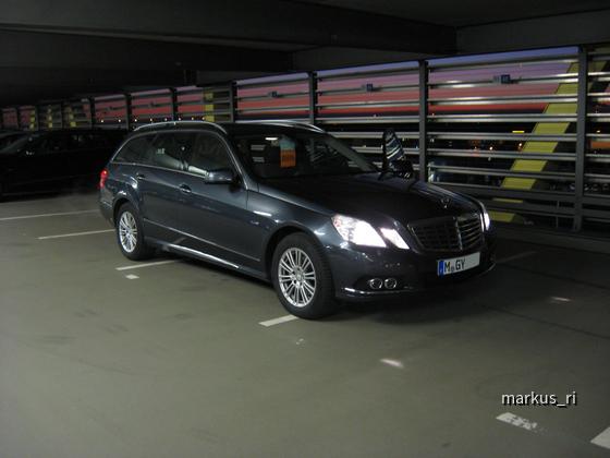 Mercedes E200 CGI T-Modell, SIXT LEJ 06.01.12