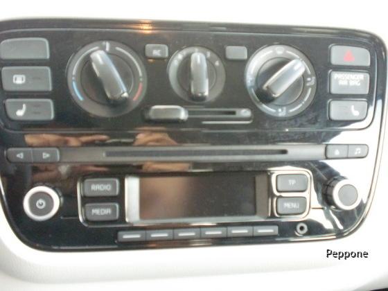 VW UP 009