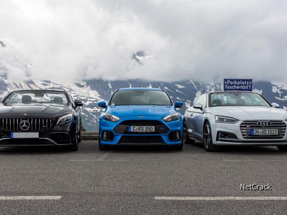 Audi, Ford und Mercedes-Benz am Parkplatz Fuschertörl