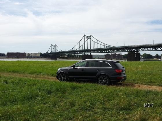 Audi Q7-2