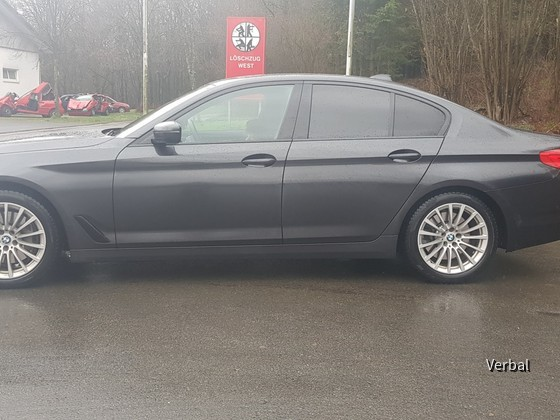 BMW 540i Sixt Seite
