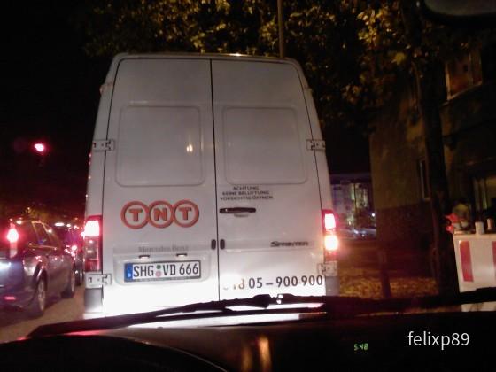 TNT-Lieferwagen