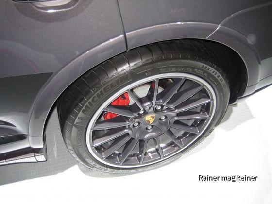 Porsche Cayenne GTS.JPG