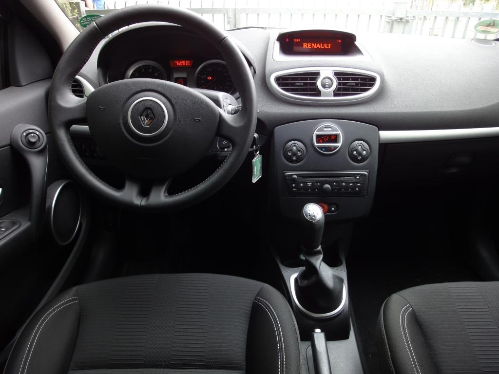 Renault Clio Grandtour | Europcar