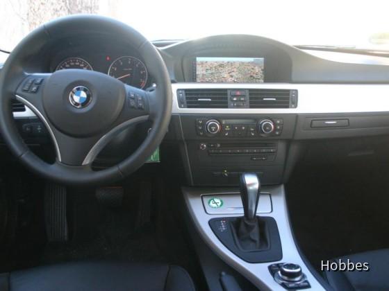 BMW 320i Touring | Europcar