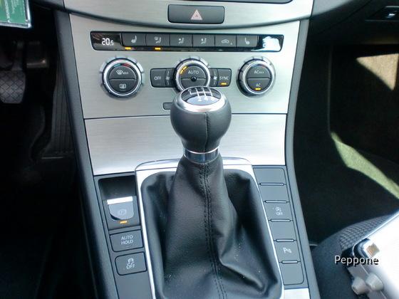 VW-Passat Variant 2.0D 006