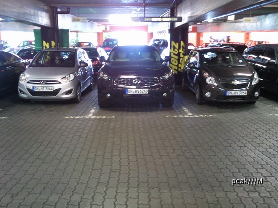 23.8. Hertz Berlin Flughafen Tegel