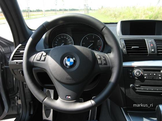 BMW 120dA Sixt LEJ M-Lenkrad
