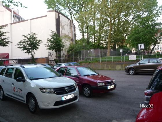Dacia Logan MCV / Citroen Saxo
