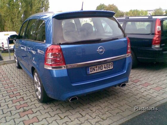 [Hertz] Opel Zafira OPC