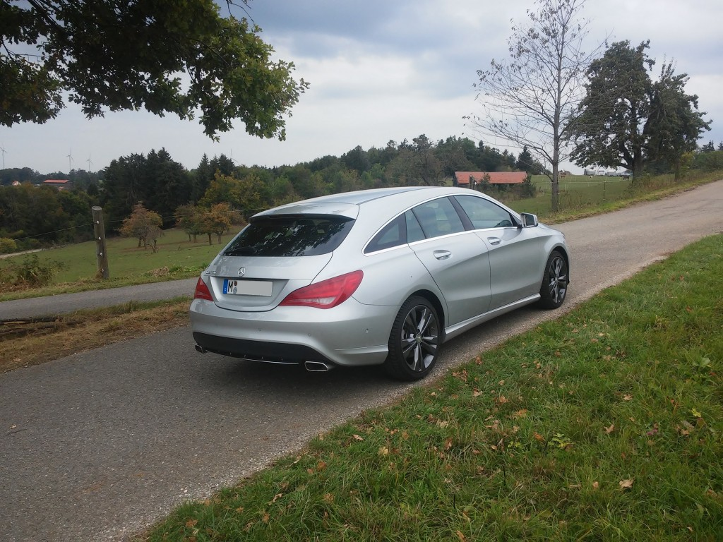 mercedes benz cla 180 shooting brake sixt augsburg s d erfahrungsberichte sixt mietwagen. Black Bedroom Furniture Sets. Home Design Ideas